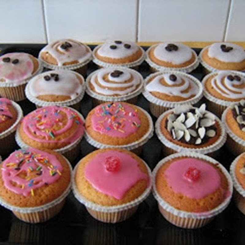L'origine deI muffin, il tipico dolce inglese, risale all'Inghilterra Vittoriana del 1703.