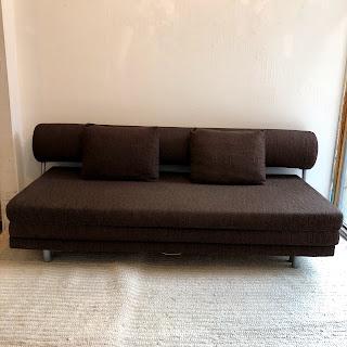 Dellarobbia Modern Convertible Sofa