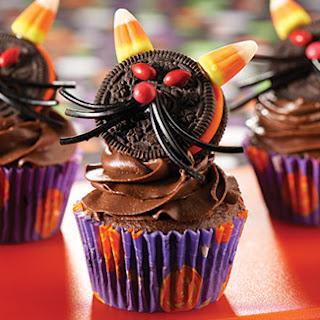 Spooky Black Cat Cupcakes