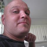 2008-08-15 Benjamin vid kameran m.m
