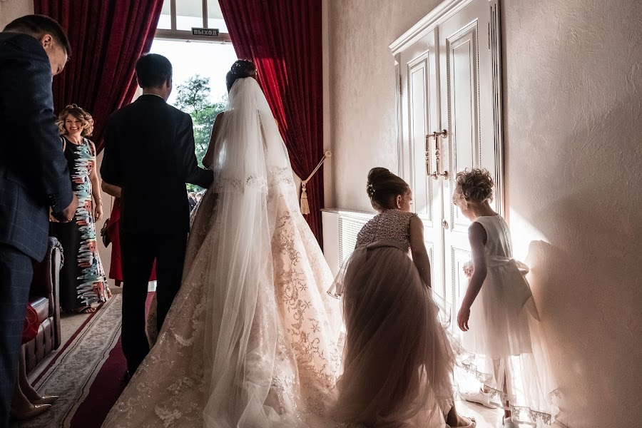 ช่างภาพงานแต่งงาน Emil Doktoryan (doktoryan) ภาพเมื่อ 03.01.2019