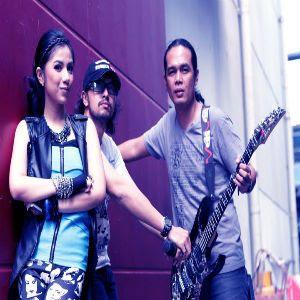 Pay Feat Vanya & Irang - Bad Boy Bad Girl