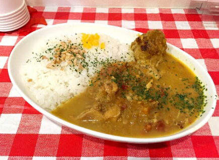 Haruskah Mengucapkan 'Itadakimasu' sebelum Makan di Jepang saat Makan Sendiri?