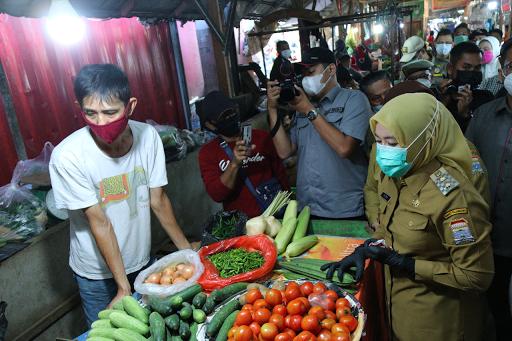 Wawako Palembang Lakukan Sidak di Pasar Tradisional