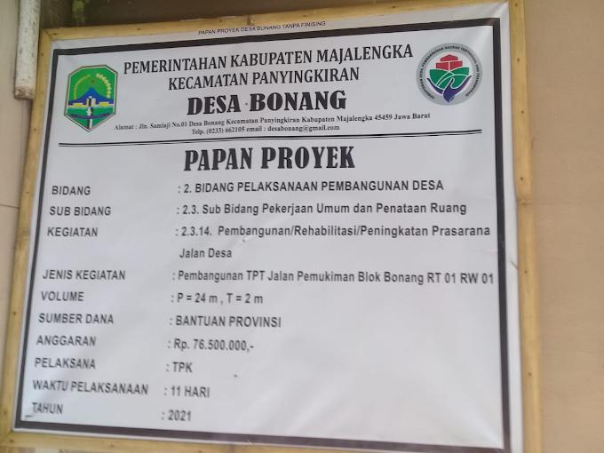 Pelaksana Pembangunan TPT di Desa Bonang Diduga Ada yang Doyan Makan Pasir