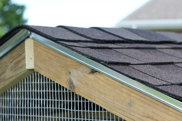 bunny hutch roof DIY