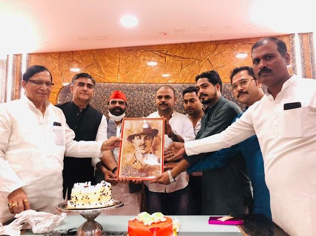 सद्दाम हुसैन ने भगत सिंह के जन्म उत्सव के साथ मनाया अपना जन्मदिन