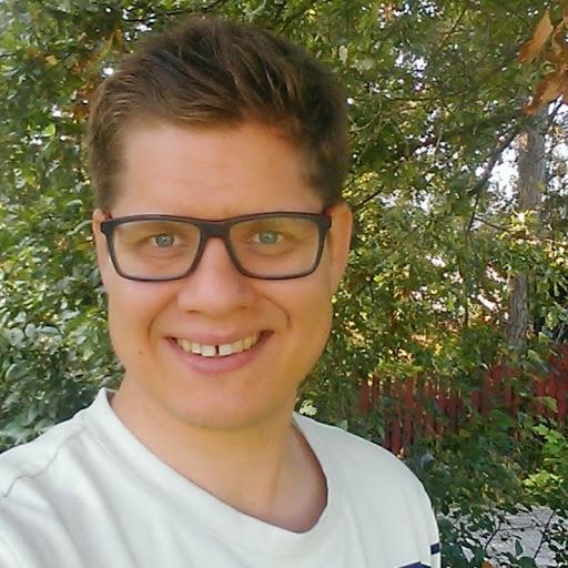 Pekka Mäkelä review
