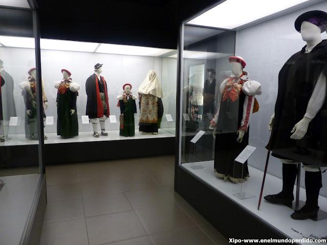 museo-traje-anso.JPG