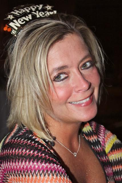 2012-01-01 MTP NYE 11-12 - Becky.jpg