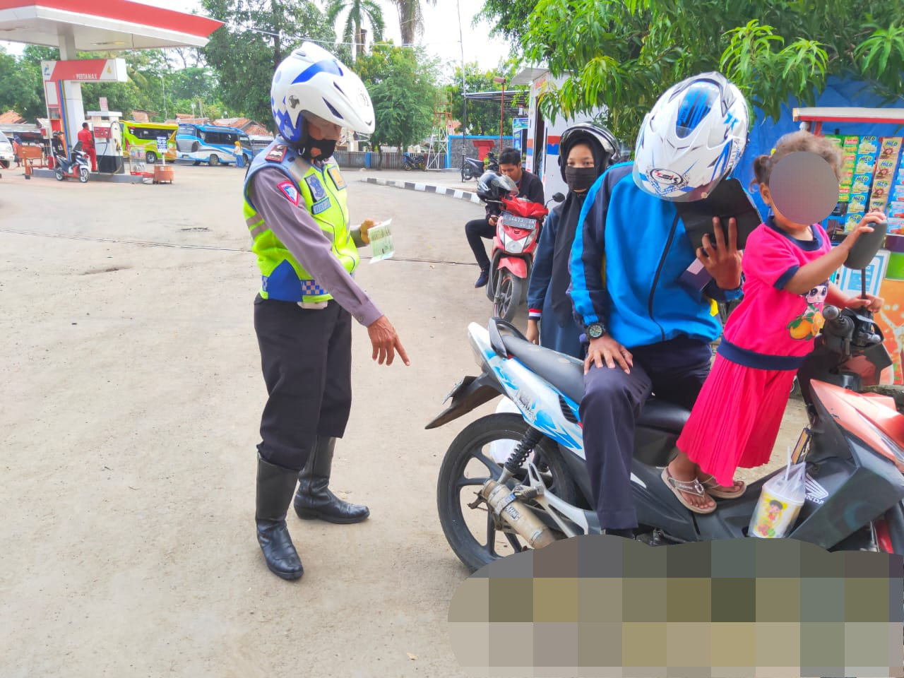 Satlantas Polres Majalengka Patroli Tindak Sepeda Motor Berknalpot Bising