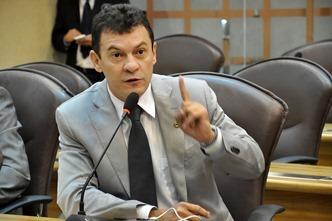 Dison Lisboa solicita melhorias para Jundiá