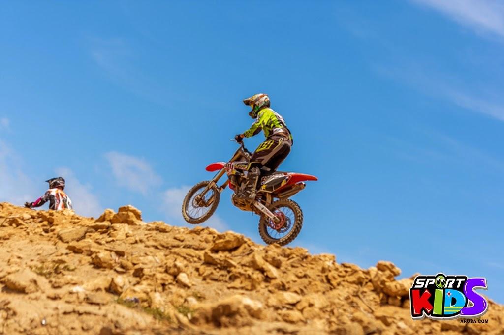 extreme motorcross Aruba - moto%2Bcross%2BGrape%2Bfiled%2BApril%2B2015-31.jpg