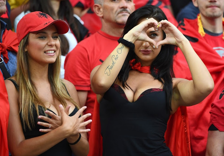 100 Photos Of Hot Female Fans In Euro 2016-5929