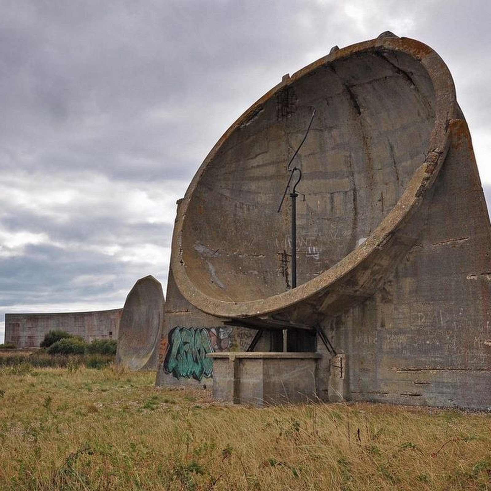 The Sound Mirrors of Great Britain