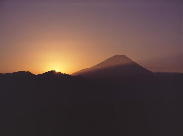 4×5カメラ テレアートン270mm 富士山 夜明け