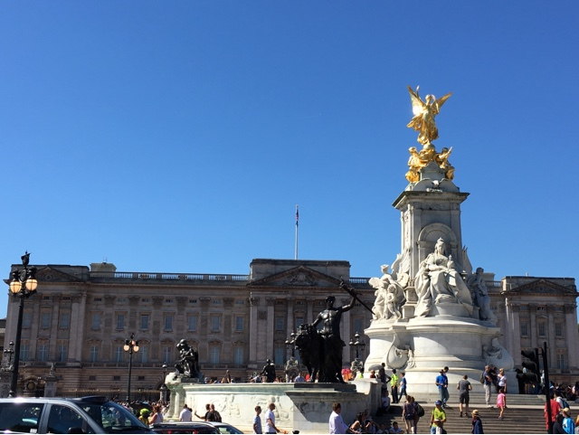 Buckingham Palace, blue sky