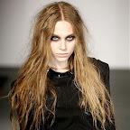 fáceis-hairstyle-long-hair-114.jpg