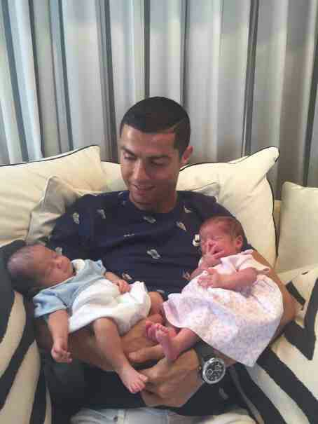 Cristiano Ronaldo Shares First Photo Of his Set of Twins