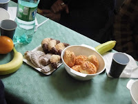 12 - Az Orange Alapítványhoz benyújtott sikeres pályázatnak köszönhetően ismét ebéd.JPG