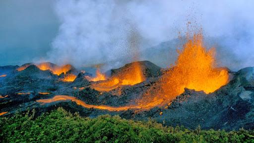 La Fournaise Volcano, Reunion Island.jpg