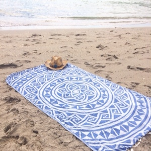 Dliteful Trends: My Sand cloud towel and I at Hollywood Beach