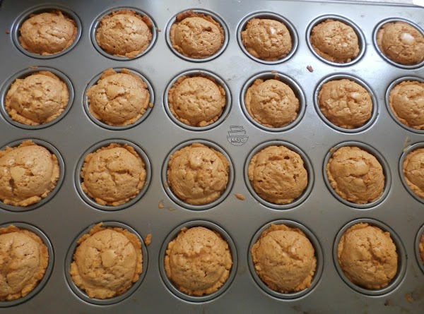For each tart-place 1 well rounded tablespoon of dough into each ungreased miniature muffin...