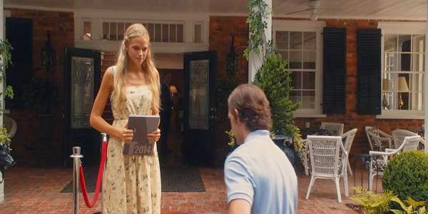 Screen Shot Of Hollywood Movie Endless Love (2014) Download And Watch Online Free at Alldownloads4u.Com