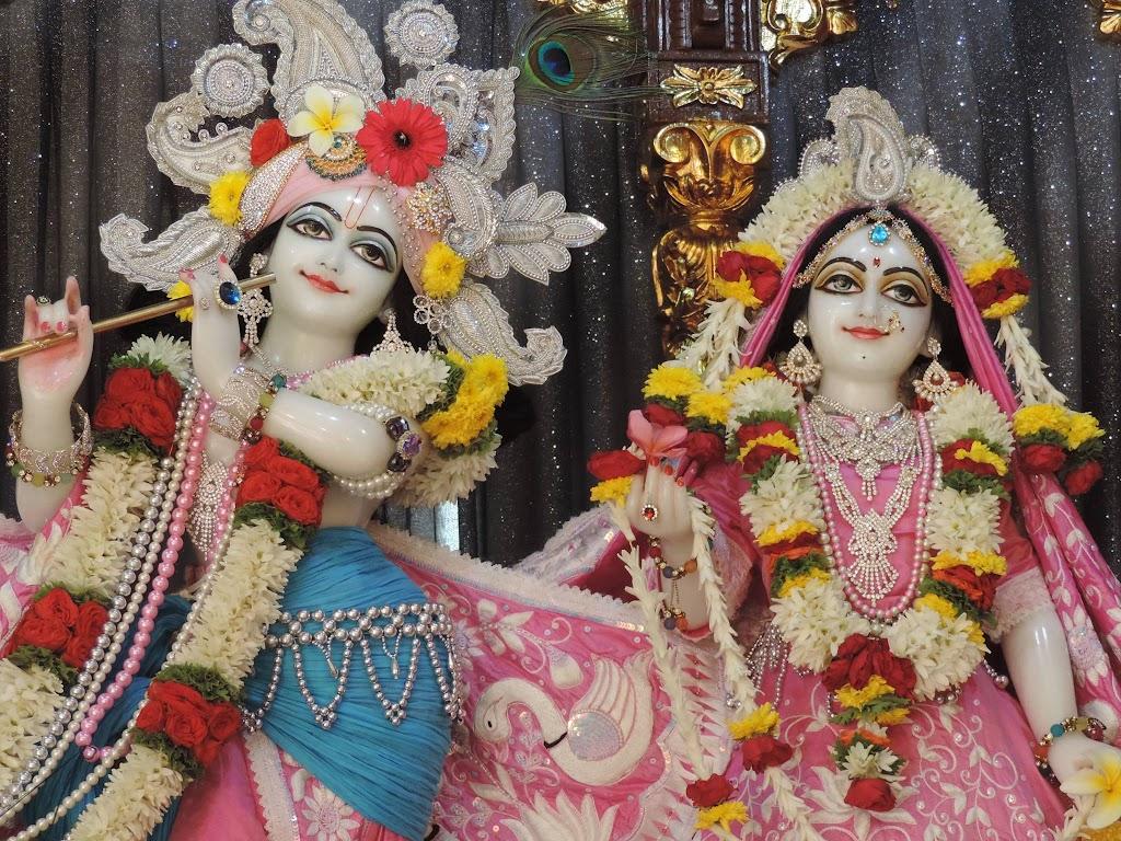ISKCON Bangalore Deity Darshan 4 Jan 2016  (2)