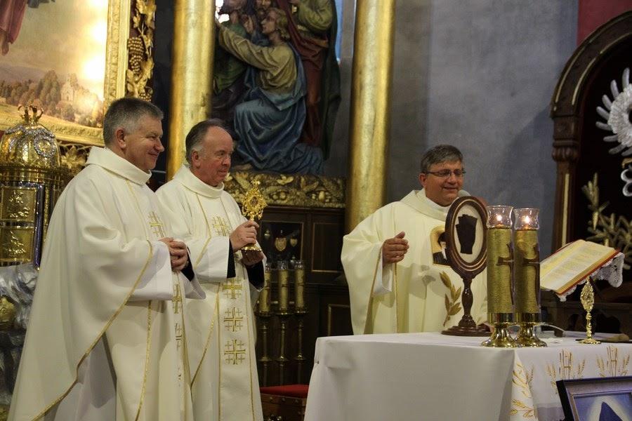 Z relikwiami św. O.Pio w Istebnej - IMG_3487.JPG