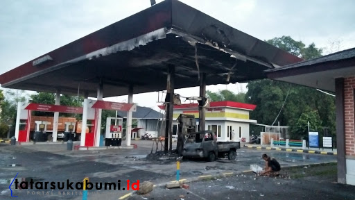 SPBU Terbakar di Jalan Raya Sukabumi - Bogor