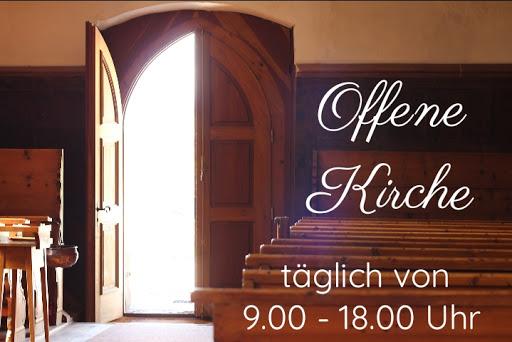 Offene Kirche von Mai bis September