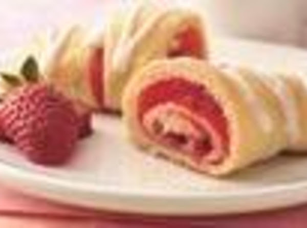 Strawberry Breakfast Crescents Recipe