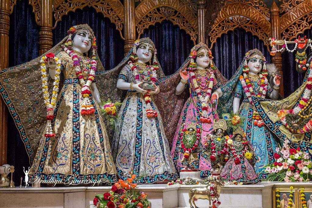 ISKCON Mayapur Deity Darshan 01 Mar 2016 (49)