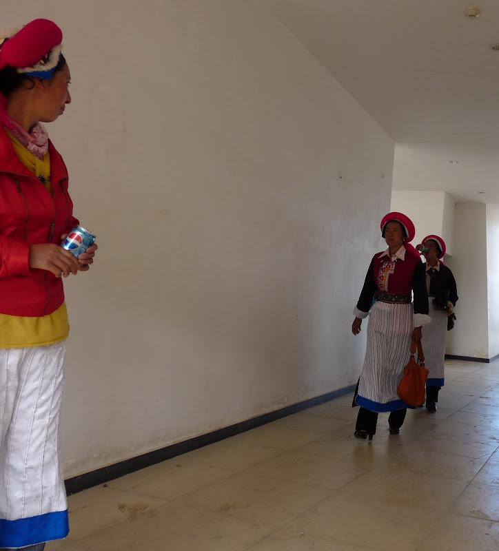 Chine. Yunnan.Shangri la Course hippique annuelle - P1250684.JPG
