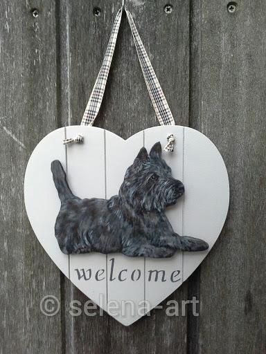 Hart met MDF donkere Cairn Terrier.jpg