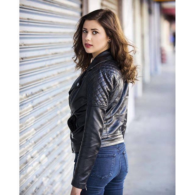 Amber Coney Profile Pics Dp Images