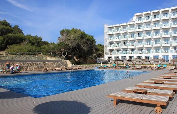 Hotel Sol House Santa Eulària piscina.jpg