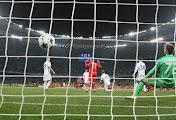 В Лиге чемпионов киевское «Динамо» растранжирило моменты и проиграло «Бенфике»
