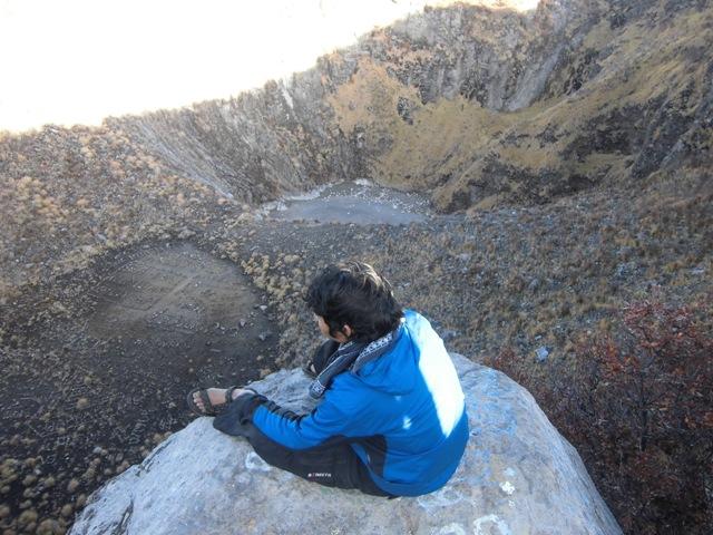 Kawah puncak Sindoro
