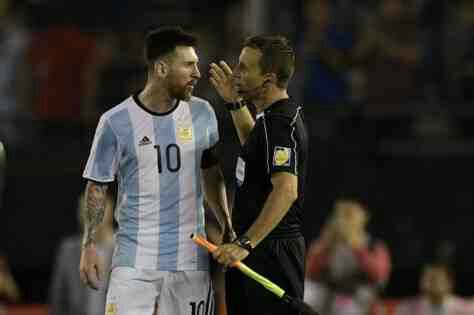 'Insults were said to the air' - Messi protests Argentina ban