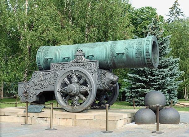Tsar-Cannon-1_thumb3