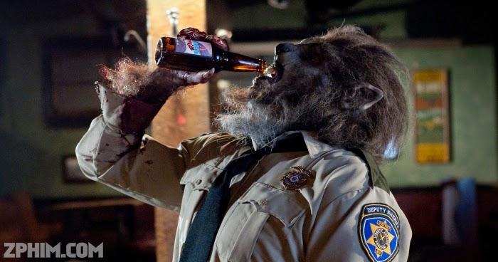 Ảnh trong phim Cảnh Sát Người Sói - WolfCop 2
