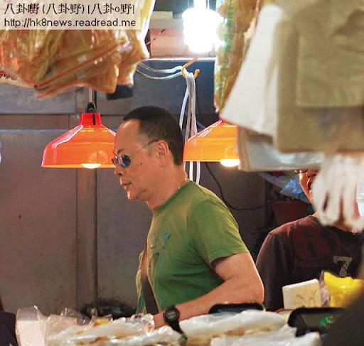 羅樂林不嬲係家庭煮夫,但呢日行咗轉街市都揀唔啱心水。