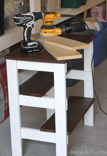 Small workbench with flip top