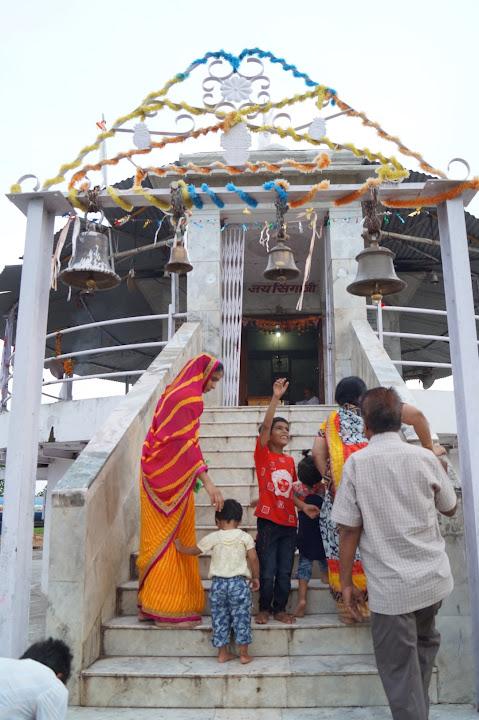 Omkareshwar and Hanmuntiya water resort - DSC07058.JPG