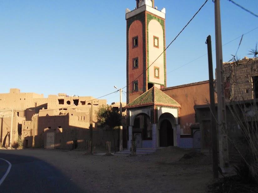 Marrocos e Mauritãnia a Queimar Pneu e Gasolina - Página 12 DSCF1390