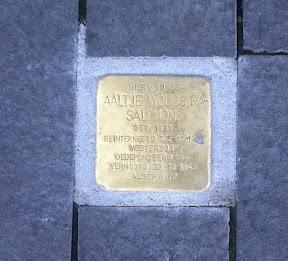 Aaltje Woudstra Salomons - Kalanderstraat 61 - Stolpterstein Enschede