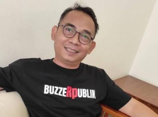 Eko Kuntadhi: Ayo, Pak Anies, Kita Masyarakatkan Kelebihan Bayar Sebagai Budaya Nasional
