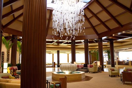 Lobby facing Makana Terrace